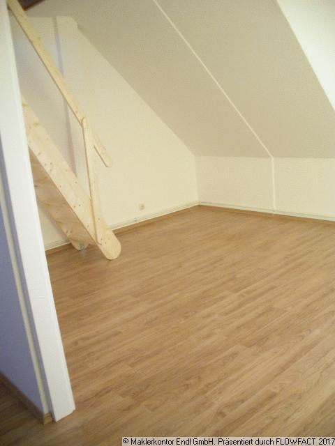 Wohnzimmer - Aufgang zum Spitzboden