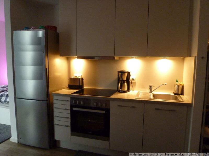 Einbauküche (o Kühlschrank)