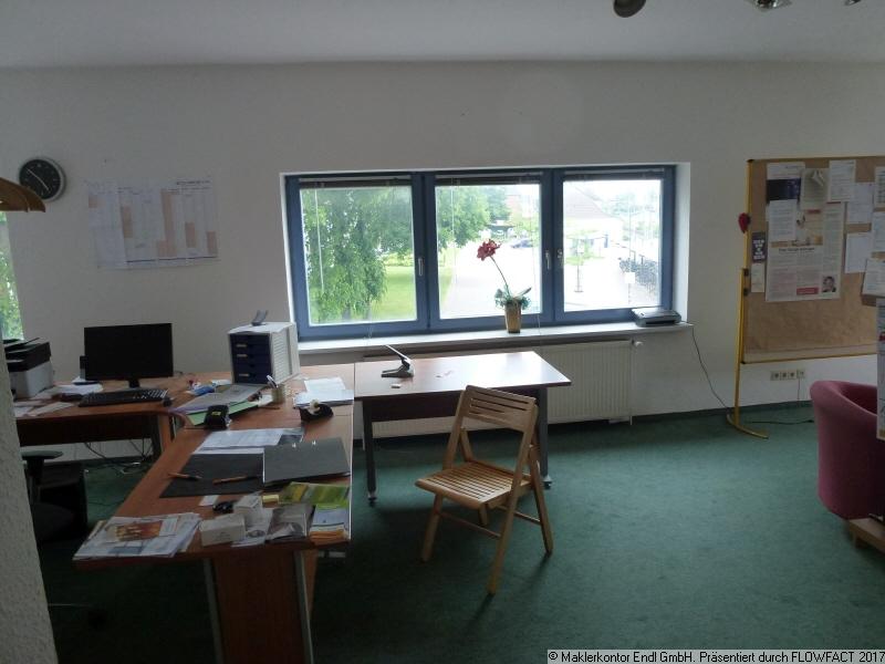 Büro 1OG Hauptgebäude