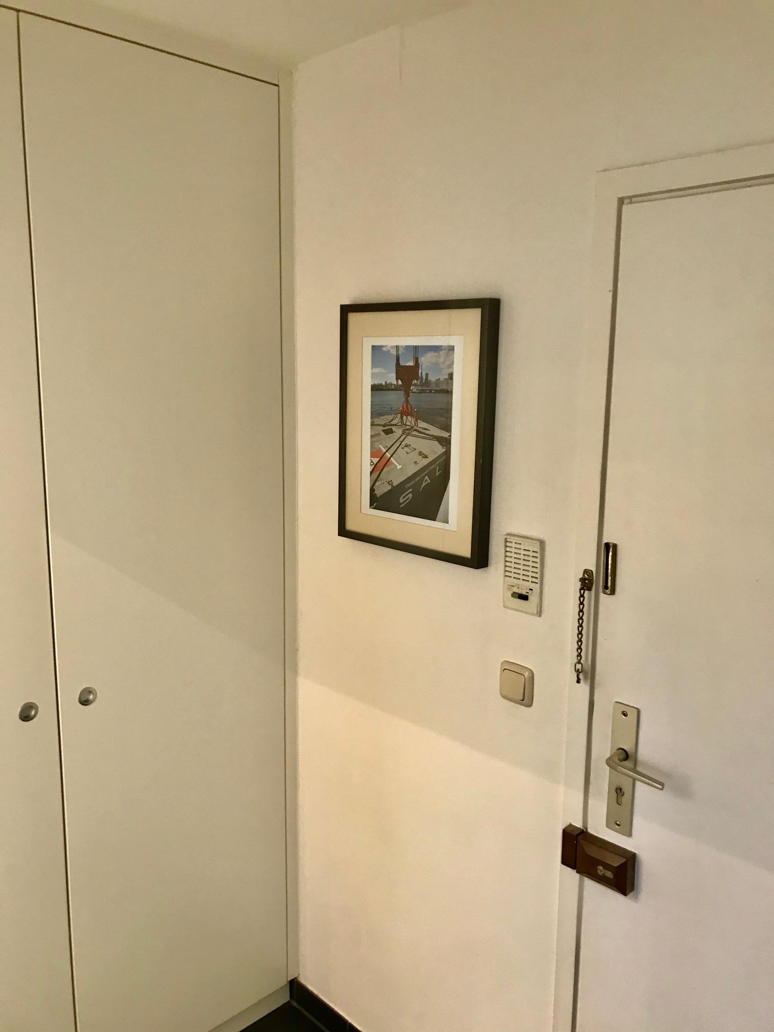 Eingangsbereich mit Einbauschrank